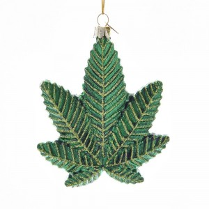 """4.25""""Glass Cannabis Leaf Orn"""