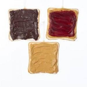 "4.5""Foam Sliced Toast Orn 3/A"