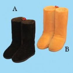"3"" Resin Flocked Tan/Black Boots Ornament"